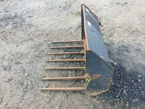 4 Foot Dung Fork For Tractor Loader Quick Release Brackets Exellent Condition