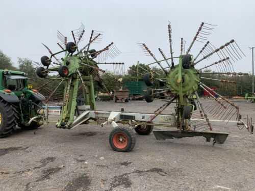 Claas Liner 3000 Rake. 4 Rotor Rake. Silage Hay