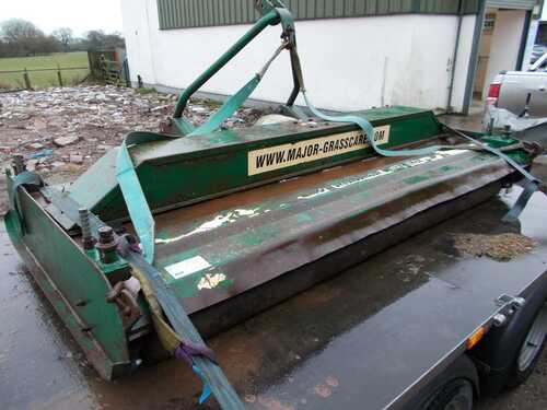 major 8400 finishing mower topper