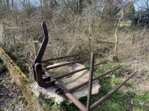 Hay Pike Lifter Vintage Giant Loader Fork Grab Straw Grass