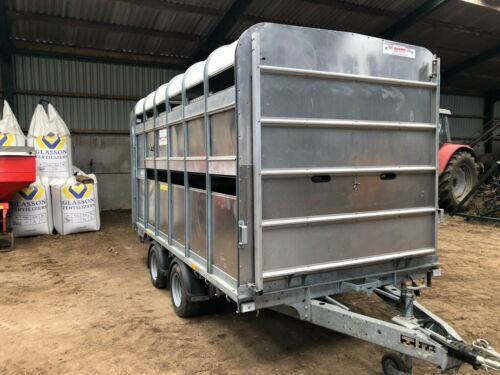 IFOR WILLIAMS DP120 LIVESTOCK SHEEP CATTLE TRAILER WITH DECKS AND GATES 2019