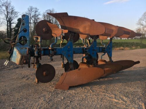 Ransomes Plough 3 Furrow Plough Hydraulic Turn Over,Full Discs,Tractor Pulled