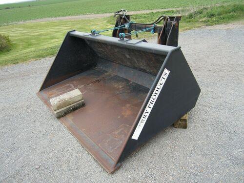 Jcb/Merlo/Manito Grain/Potato Bucket c/w Tipping Carriage 1.8 Cu m2